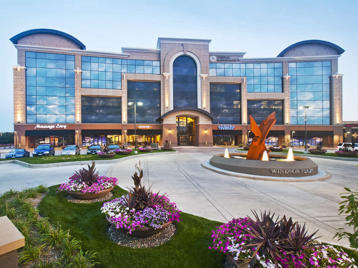 Minnesota shopping center association 2009 winners for Commercial exterior design ideas